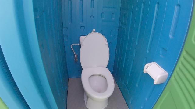 笠置キャンプ場の男子トイレ