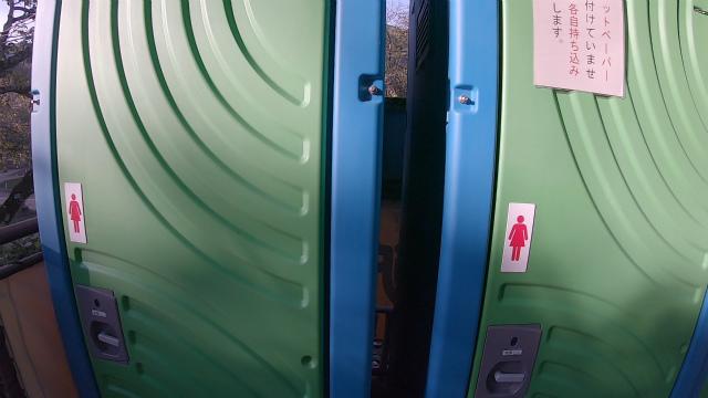 笠置キャンプ場の女子トイレ